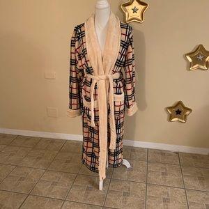 NWOT super soft bath robe!